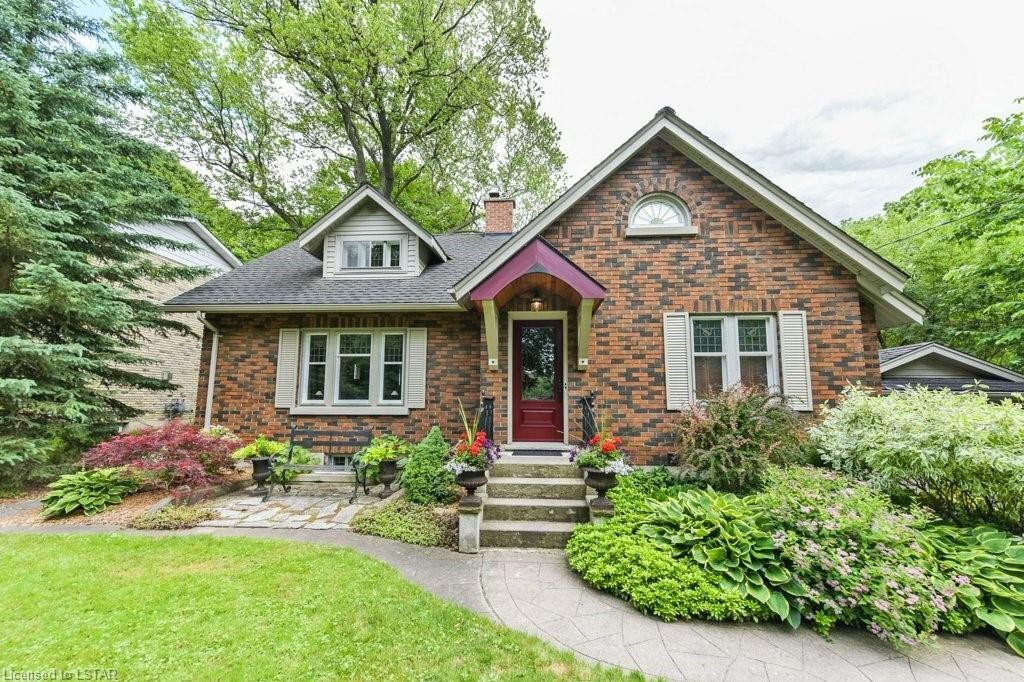 House for sale at 426 Riverside Dr London Ontario - MLS: 270355