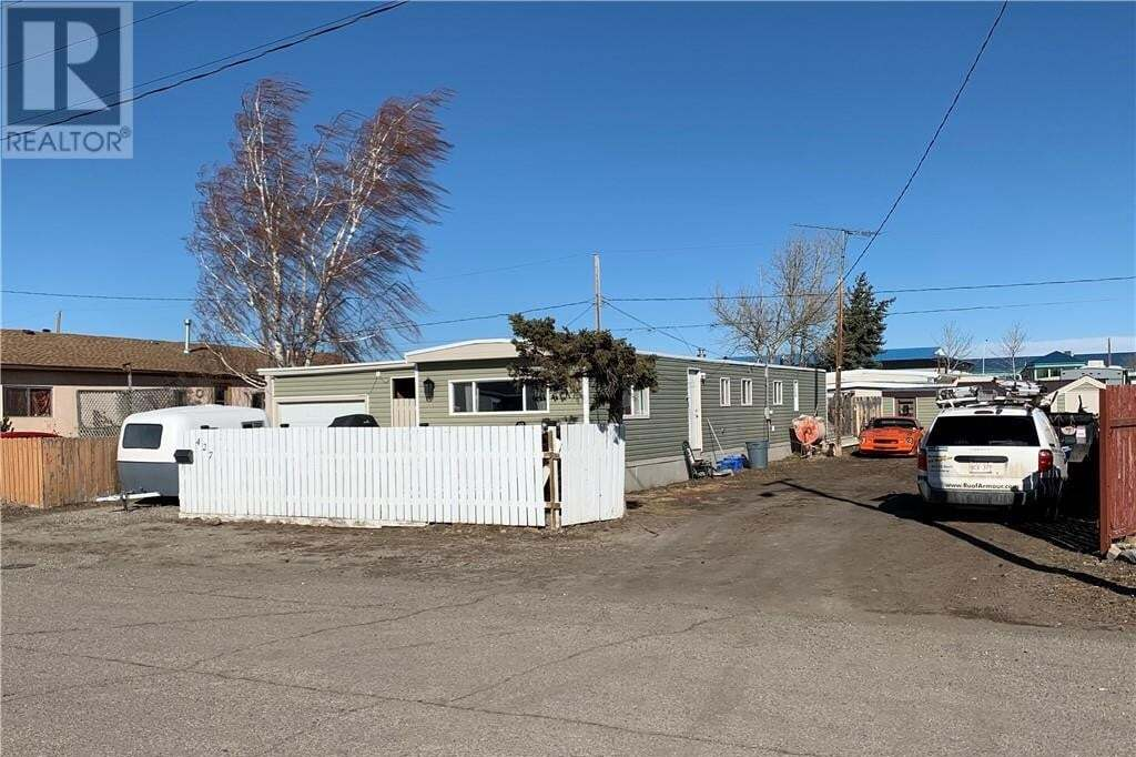 House for sale at 427 10 St Fort Macleod Alberta - MLS: ld0189874