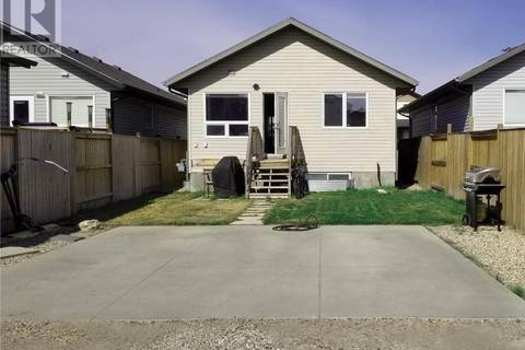 427 Coad Mnr , Saskatoon | Image 2