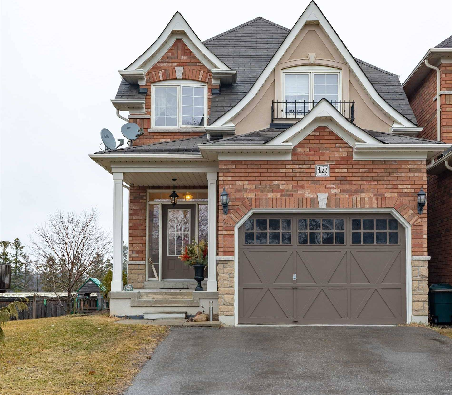427 Harris Street, Whitby — For Sale @ $690,000