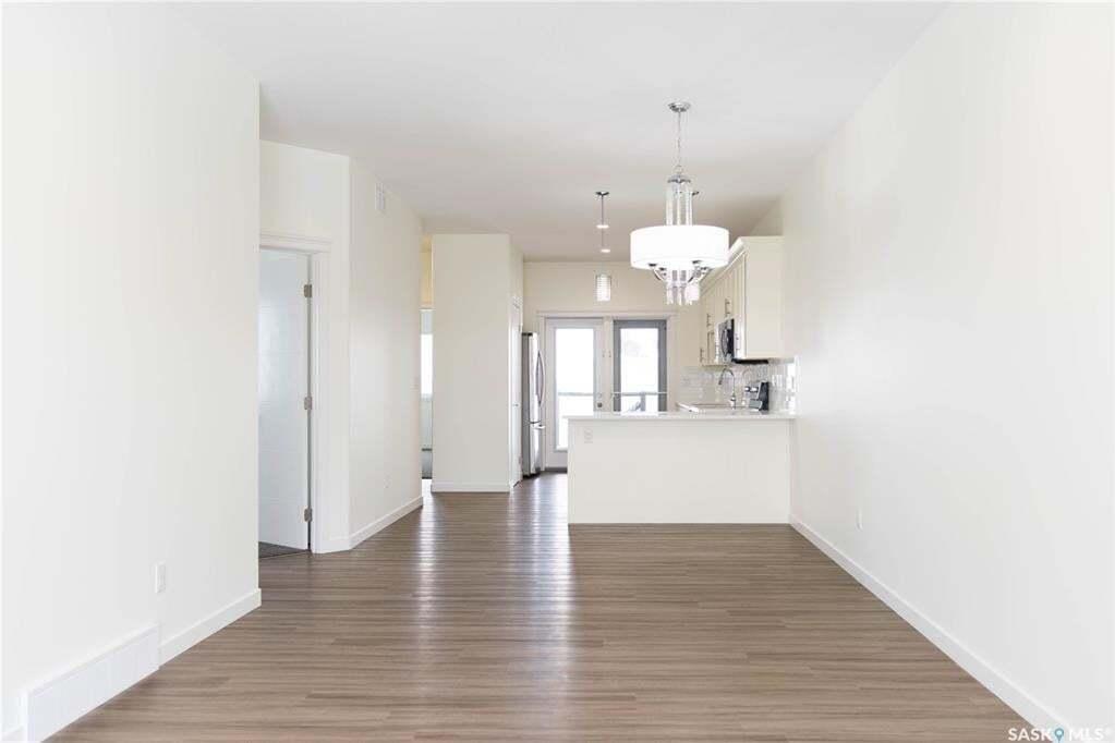 House for sale at 427 Mcarthur Cres Saskatoon Saskatchewan - MLS: SK809963