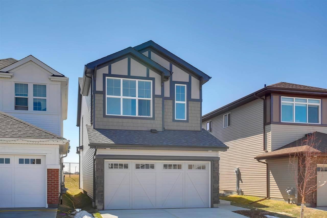 House for sale at 4272 Chichak Cs Sw Edmonton Alberta - MLS: E4191435