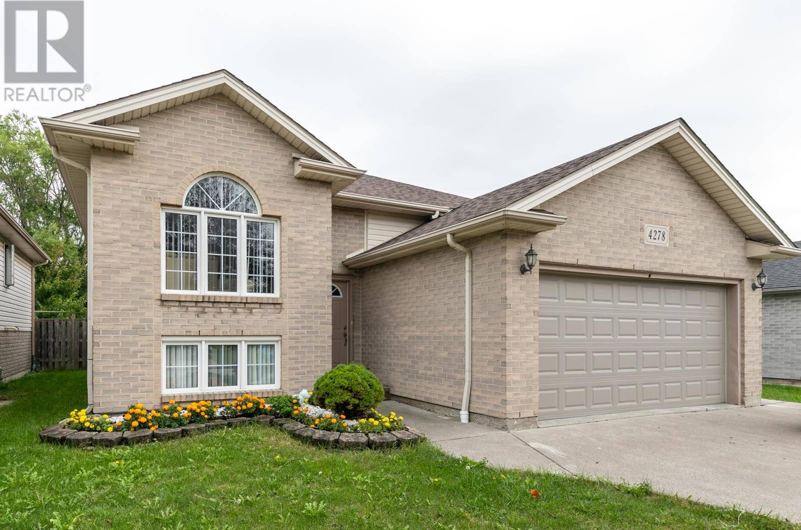House for sale at 4278 Sharon Ave Windsor Ontario - MLS: 19026544