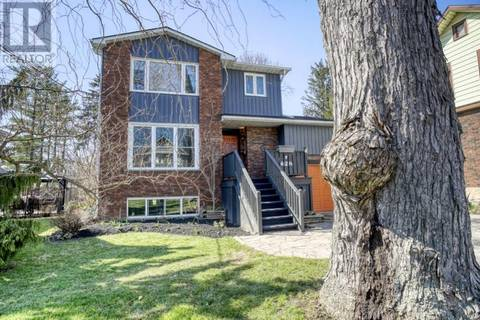 428 Westminster Drive South, Cambridge | Image 2