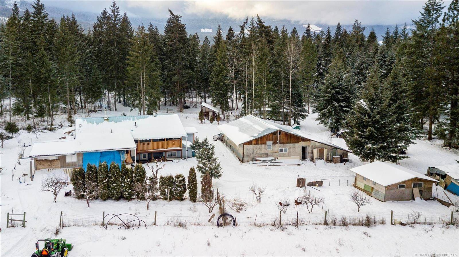 House for sale at 4282 Colebank Rd Falkland British Columbia - MLS: 10197392