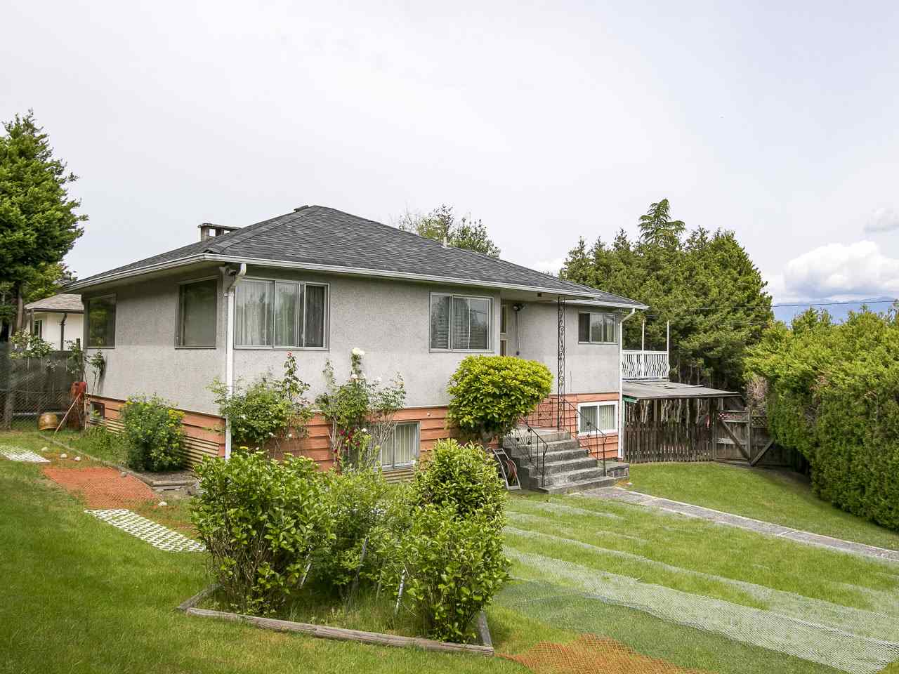 For Sale: 4285 Macdonald Street, Vancouver, BC | 4 Bed, 2 Bath House for $2,598,000. See 20 photos!
