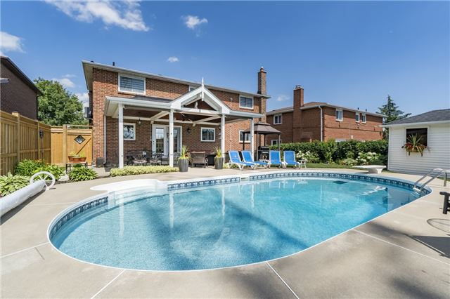 For Sale: 4286 Claypine Rise, Mississauga, ON | 4 Bed, 4 Bath House for $1,100,000. See 20 photos!
