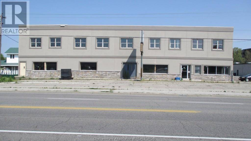 Commercial property for lease at 429 Grand Ave East Chatham Ontario - MLS: 20001769