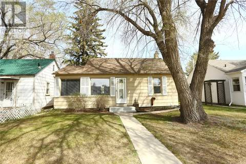 House for sale at 429 Taylor St E Saskatoon Saskatchewan - MLS: SK771958