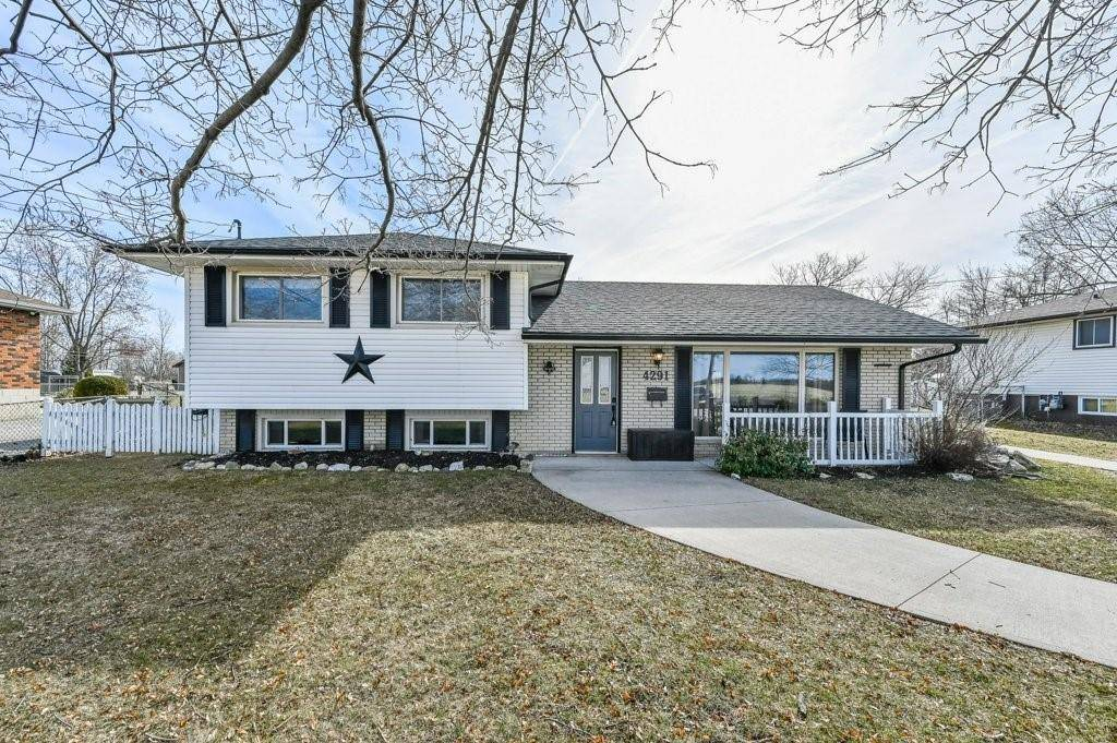 House for sale at 4291 Glancaster Rd Glanbrook Ontario - MLS: H4074385
