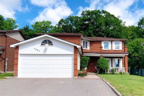 House for sale at 4295 Garnetwood Chse Mississauga Ontario - MLS: W4789466