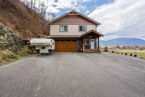 House for sale at 42950 Vedder Mountain Rd Yarrow British Columbia - MLS: R2444388