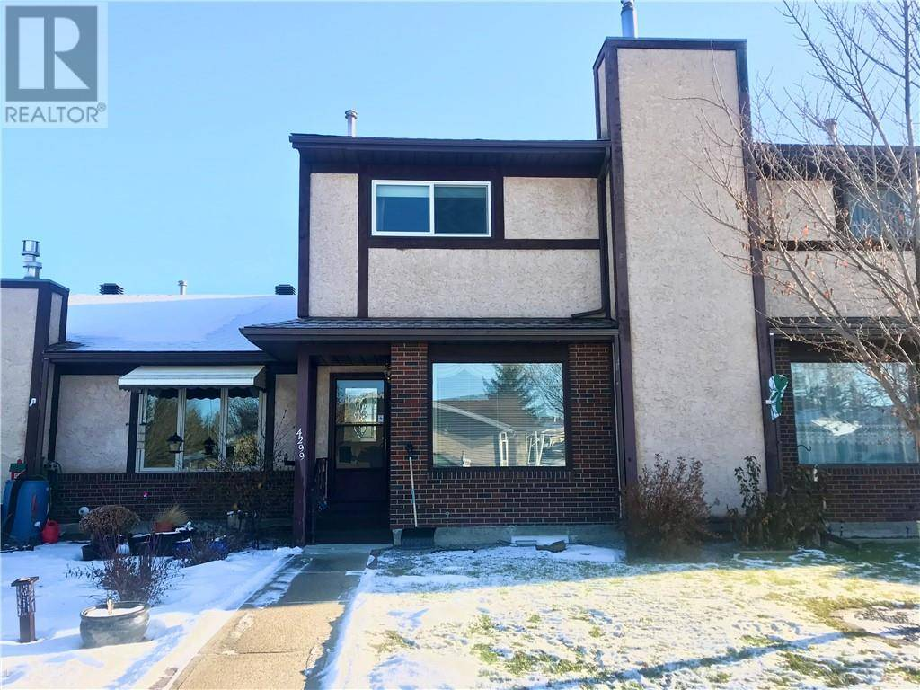 Townhouse for sale at 4299 46a Ave Red Deer Alberta - MLS: ca0175396