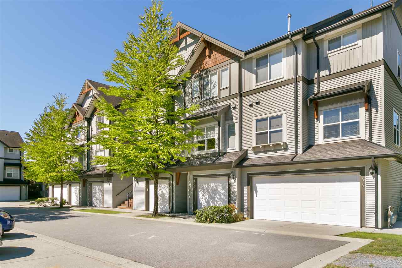 Buliding: 1055 Riverwood Gate, Port Coquitlam, BC