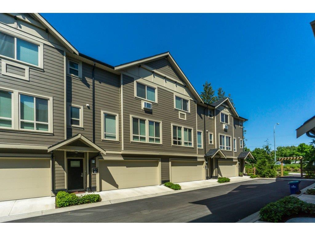 Sold: 43 - 19913 70 Avenue, Langley, BC