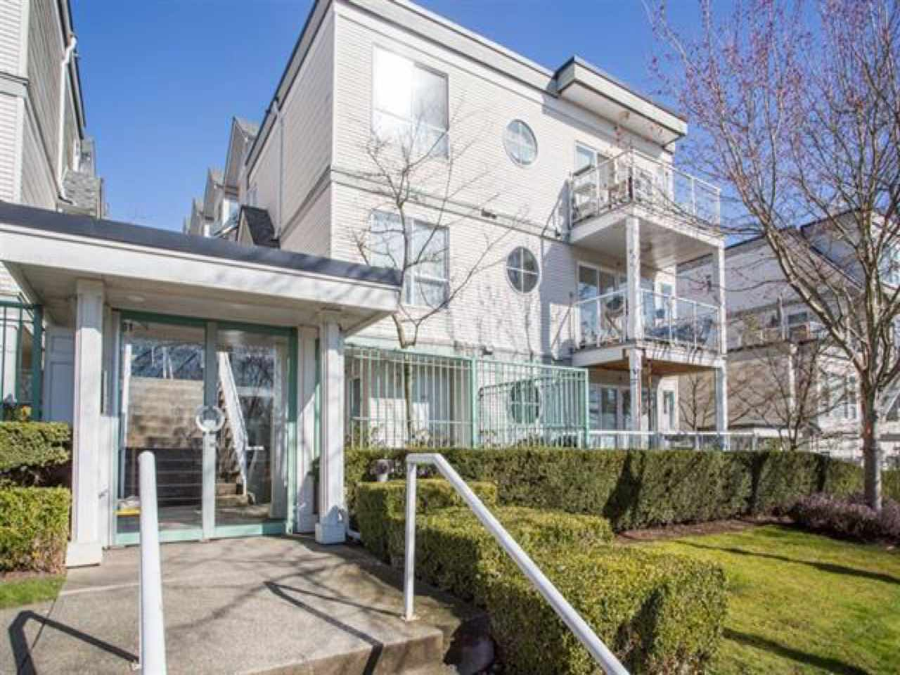 Buliding: 2728 Chandlery Place, Vancouver, BC