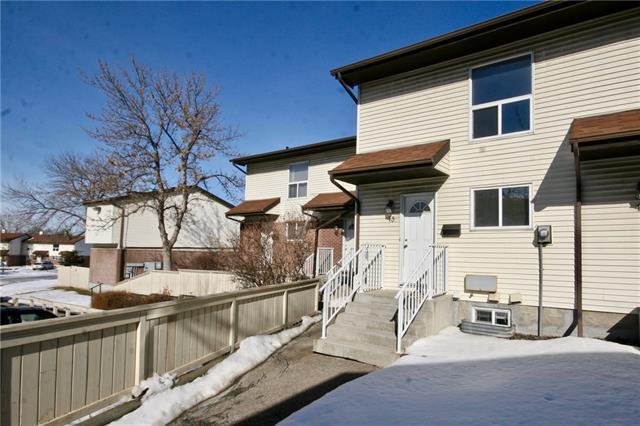 Buliding: 32 Whitnel Court Northeast, Calgary, AB