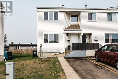 Townhouse for sale at 701 Beacon Hill Dr Unit 43 Fort Mcmurray Alberta - MLS: fm0157843