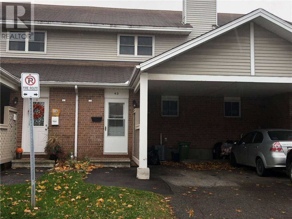Townhouse for rent at 43 Bentbrook Cres Ottawa Ontario - MLS: 1172792