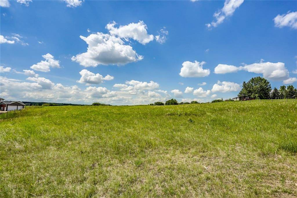 Residential property for sale at 43 Big Hl Big Hill Springs Est, Rural Rocky View C Alberta - MLS: C4190959