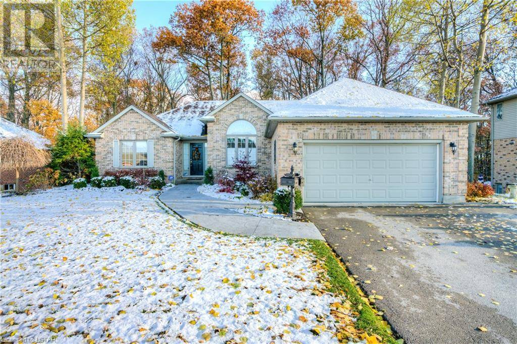 House for sale at 43 Birchcrest Dr Kilworth Ontario - MLS: 231391