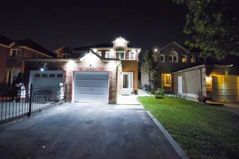 Townhouse for sale at 43 Carrie Cres Brampton Ontario - MLS: W4933226