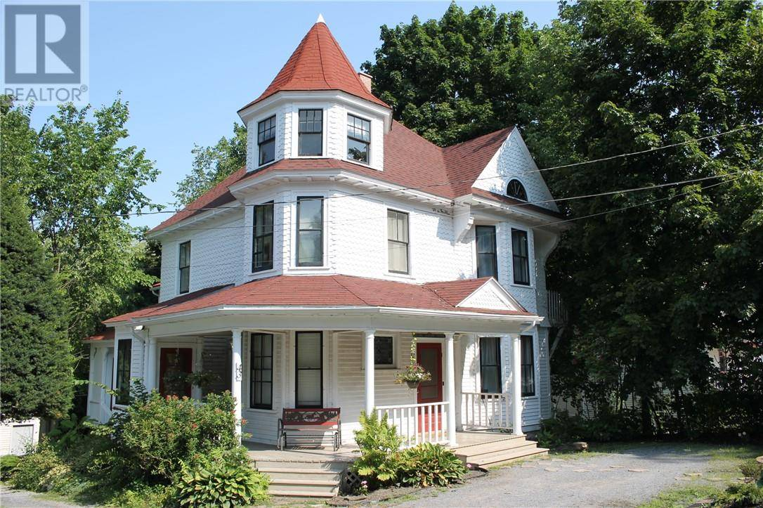 Townhouse for sale at 43 Centennial Rd Hampton New Brunswick - MLS: NB028598