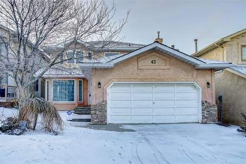 House for sale at 43 Douglas Woods Te Southeast Calgary Alberta - MLS: C4245487