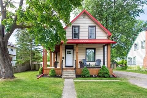 House for sale at 43 Elgin St Kawartha Lakes Ontario - MLS: X4808877