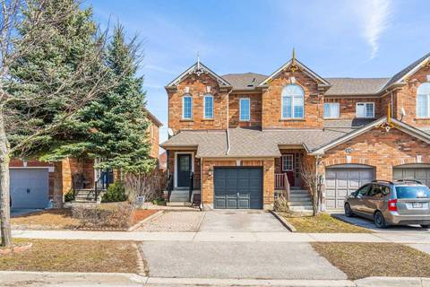 Townhouse for sale at 43 Snedden Ave Aurora Ontario - MLS: N4729188