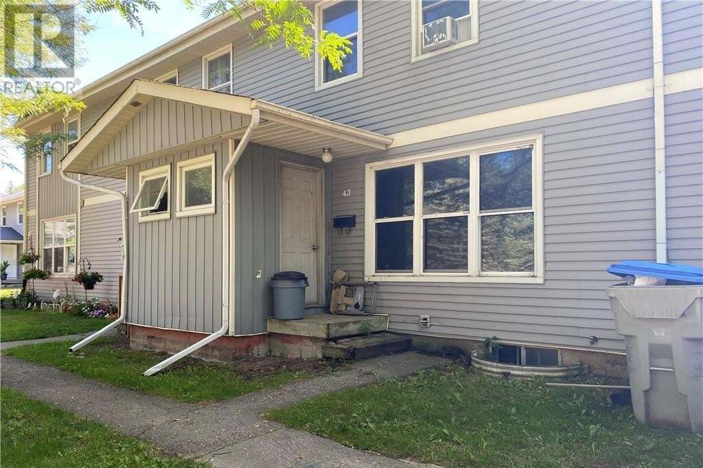 Townhouse for sale at 43 St Charles St Vanastra Ontario - MLS: 40007090