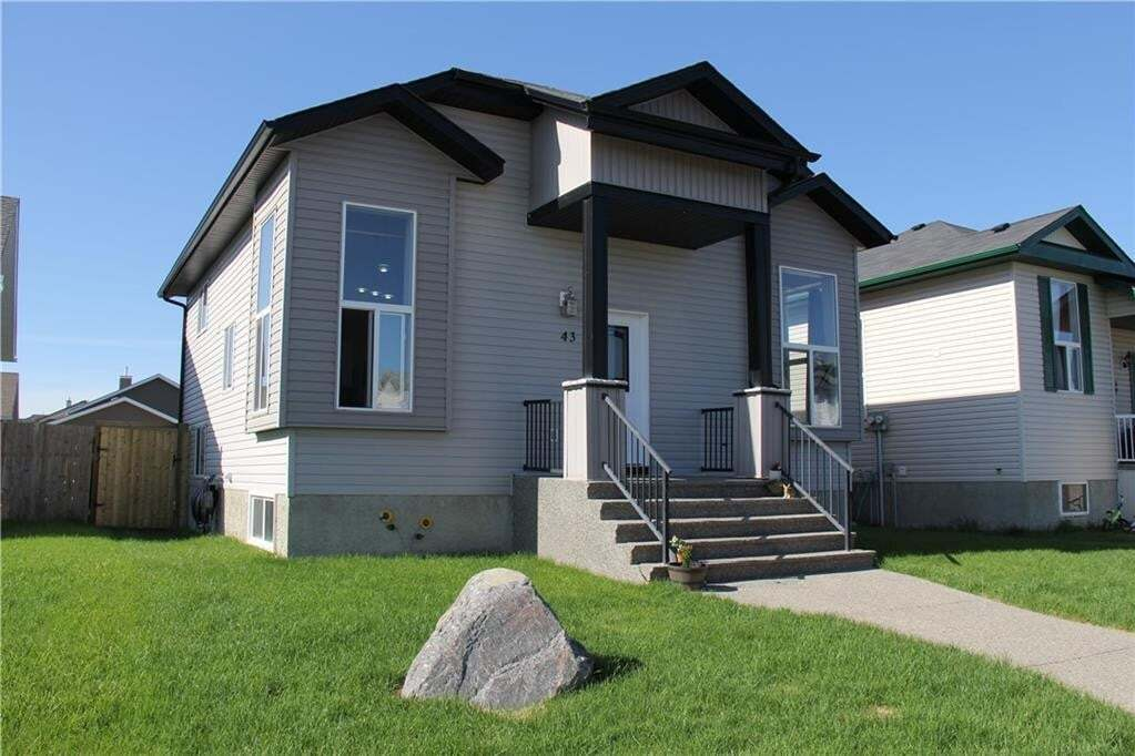 House for sale at 43 Sunrise Cl SE Sunshine Meadow, High River Alberta - MLS: C4299136
