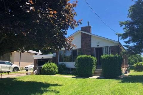 House for rent at 43 Treverton Dr Toronto Ontario - MLS: E4502373