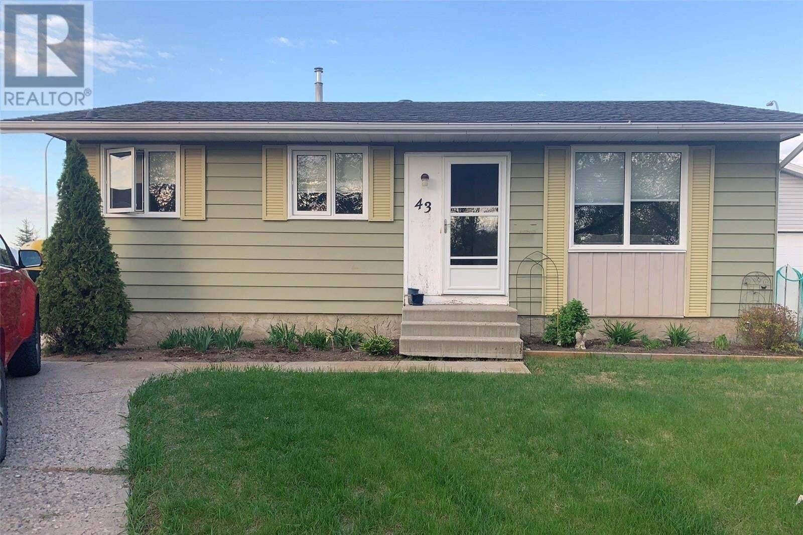 House for sale at 43 Trifunov Cres Regina Saskatchewan - MLS: SK809875