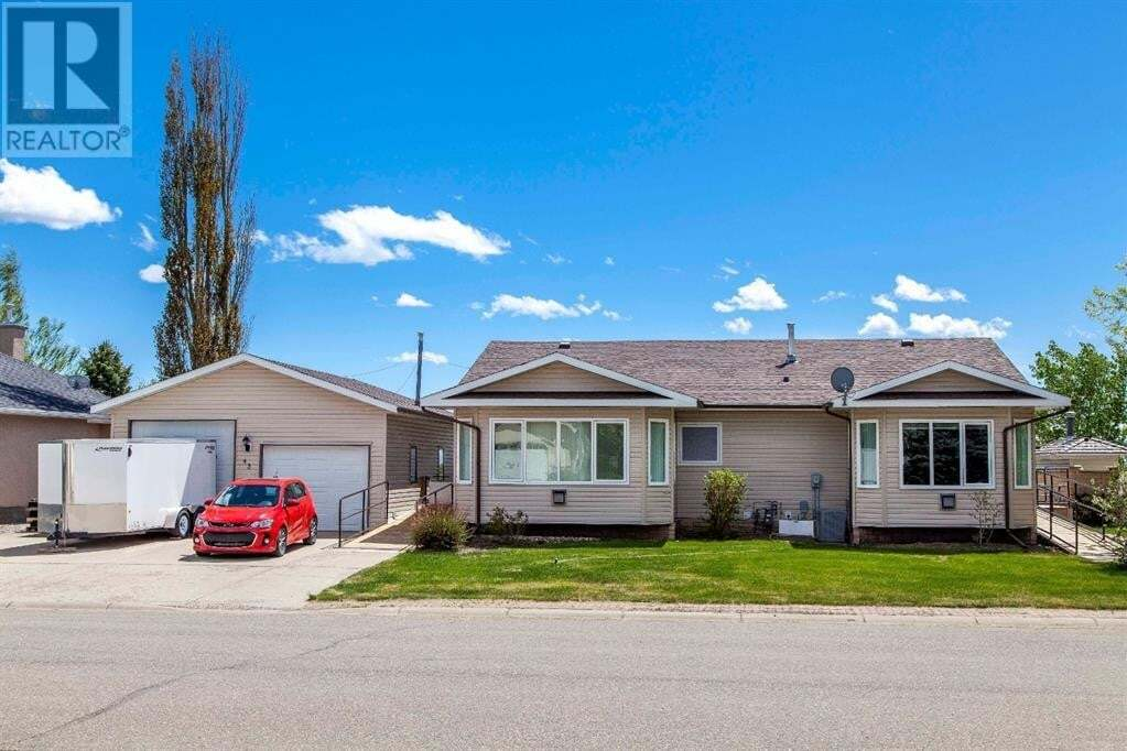 House for sale at 43 Westlynn Dr Claresholm Alberta - MLS: LD0185358