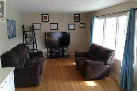House for sale at 430 13th Ave E Regina Saskatchewan - MLS: SK781494