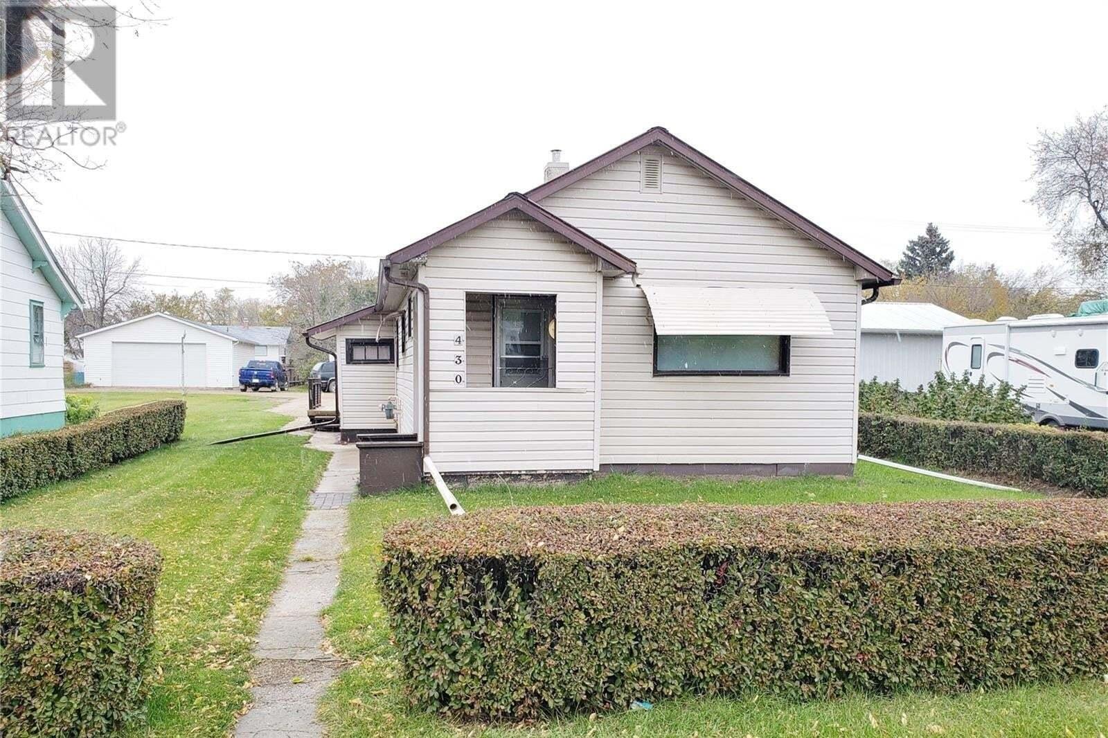 House for sale at 430 5th St Craik Saskatchewan - MLS: SK828573