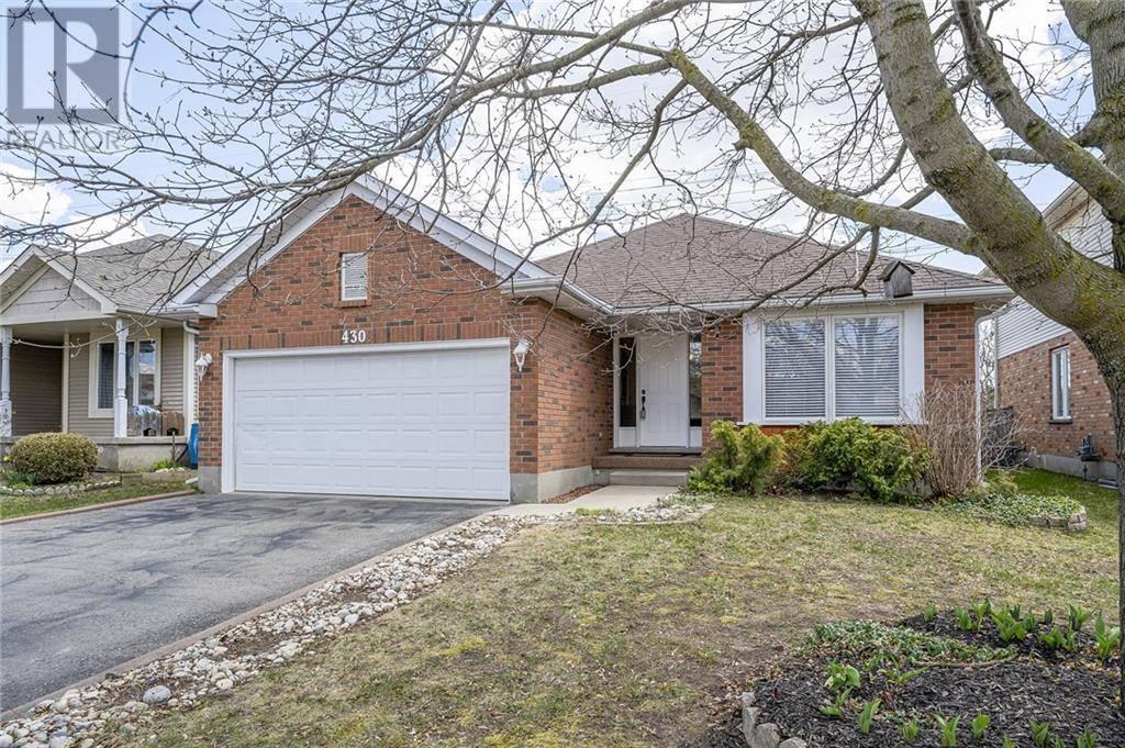 House for sale at 430 Gatestone Blvd Waterloo Ontario - MLS: 30802942