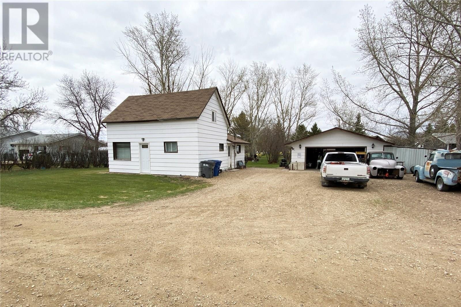 House for sale at 430 Macdonald Ave Craik Saskatchewan - MLS: SK833632
