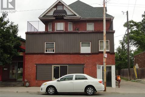Townhouse for sale at 430 Wyandotte  West Windsor Ontario - MLS: 19020115