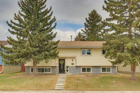 House for sale at 4303 45 St Southwest Calgary Alberta - MLS: C4238846