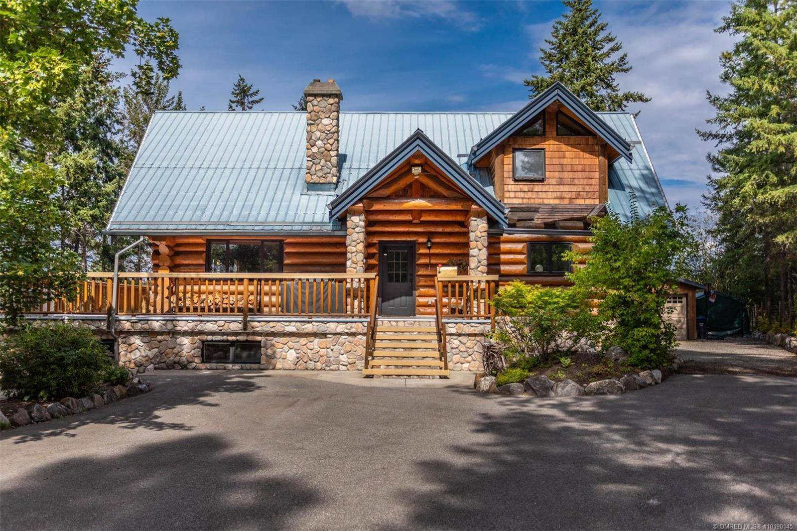 House for sale at 4304 June Springs Rd Kelowna British Columbia - MLS: 10190145