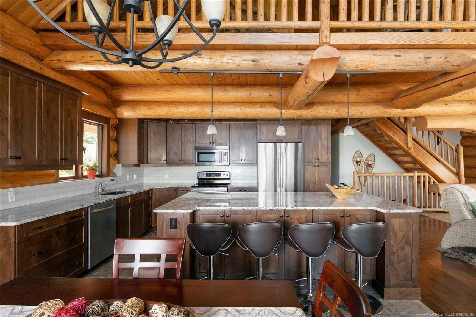 House for sale at 4304 June Springs Rd Kelowna British Columbia - MLS: 10212700