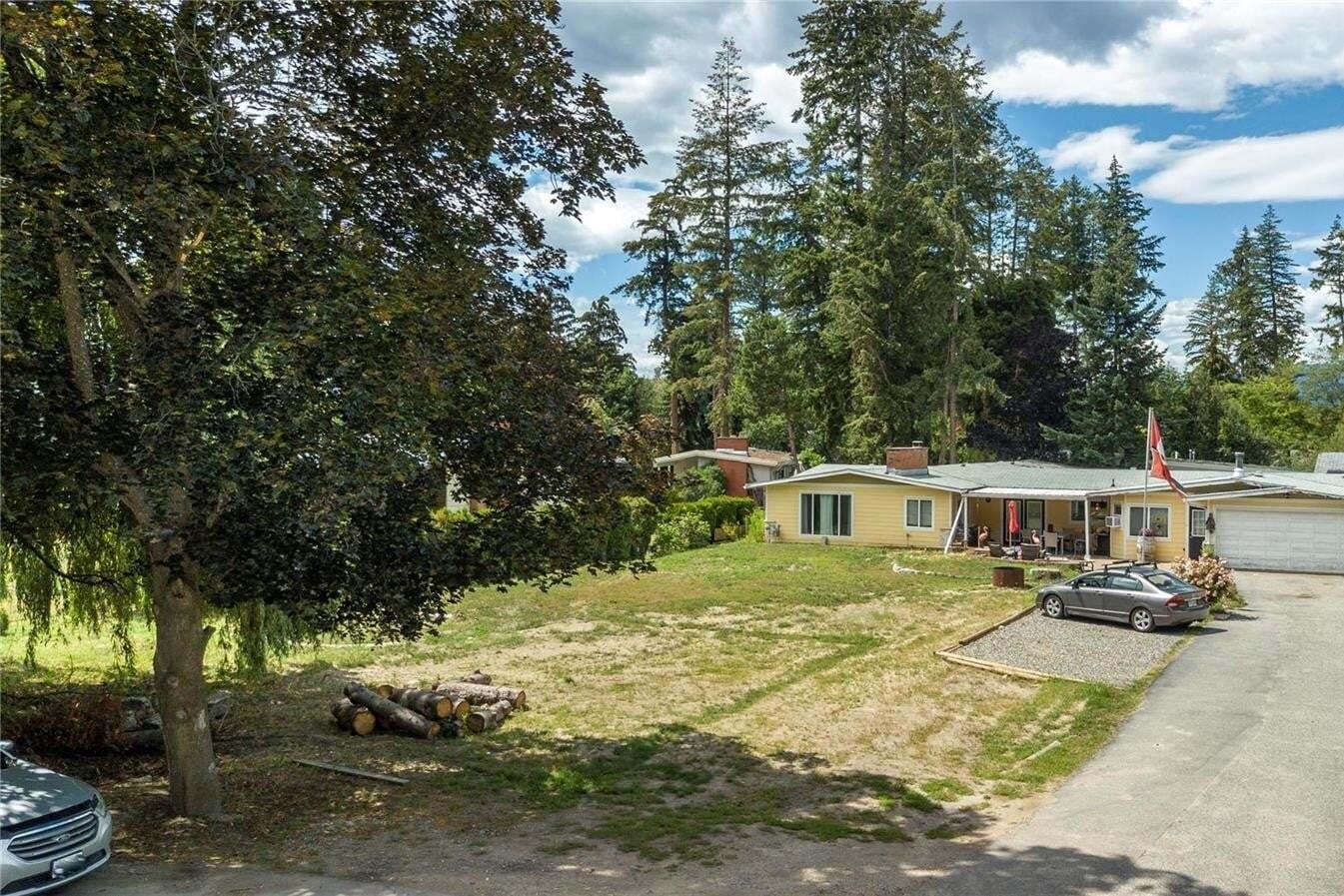 House for sale at 4304 Lakeshore Rd Kelowna British Columbia - MLS: 10212687