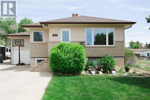 House for sale at 431 3 St Se Redcliff Alberta - MLS: mh0169008