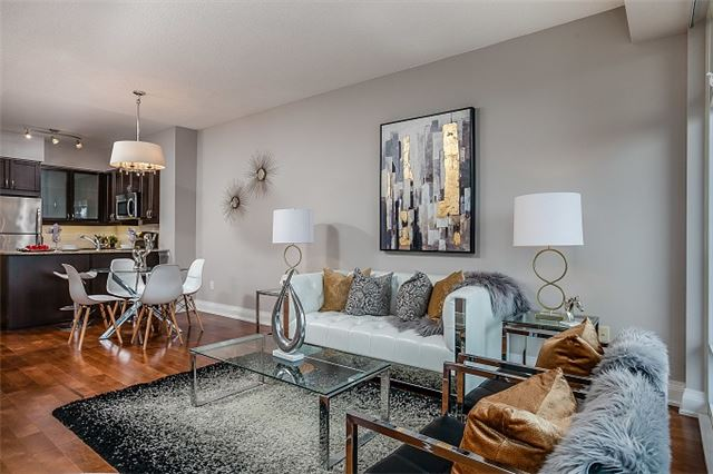 For Sale: 4310 - 2191 Yonge Street, Toronto, ON | 1 Bed, 1 Bath Condo for $550,000. See 16 photos!
