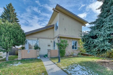 House for sale at 4312 49 St NE Calgary Alberta - MLS: A1042688