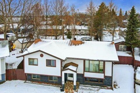 House for sale at 4317 50a Avenue  High Prairie Alberta - MLS: A1037561