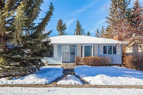 House for sale at 4319 47 St Southwest Calgary Alberta - MLS: C4285132