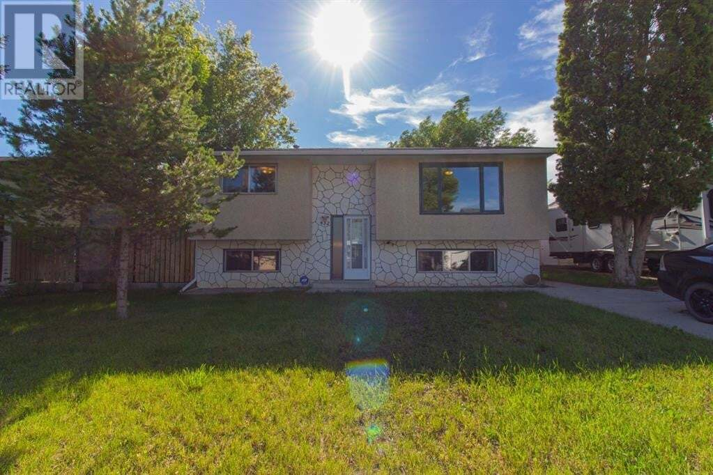 House for sale at 432 7 St Southeast Redcliff Alberta - MLS: A1008512